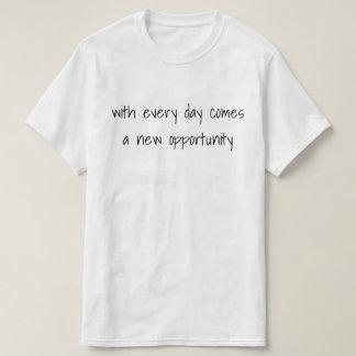 Camiseta diaria de las oportunidades