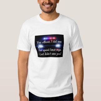 Camiseta divertida de la multa por exceso de playera