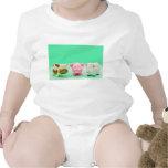 Camiseta divertida de las ovejas del cerdo de la v