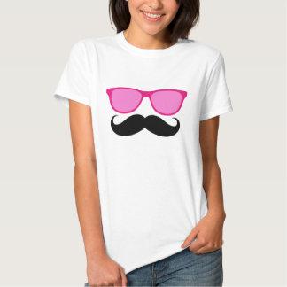 Camiseta divertida de las señoras del bigote de playeras