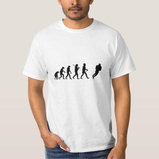 Camiseta divertida del fútbol de la evolución