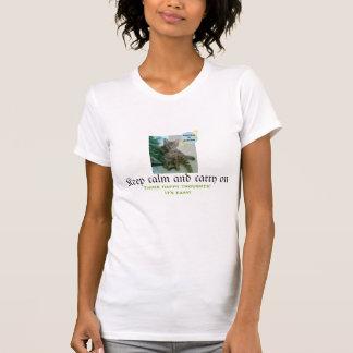 Camiseta divertida del gato (guarde la calma y playera