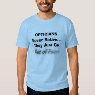 Camiseta divertida del retiro del óptico playeras