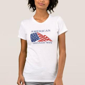 Camiseta embarazada de la esposa del americano
