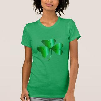 Camiseta en el verde de Kelly con el trébol