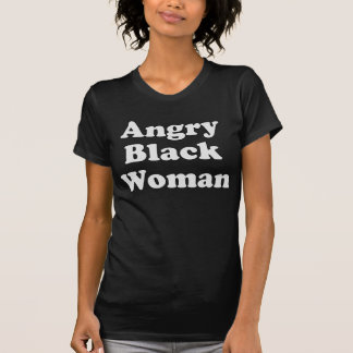 Camiseta enojada de la mujer negra con el texto playera