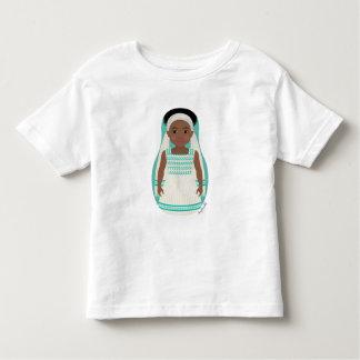 Camiseta etíope del niño de Matryoshka del chica