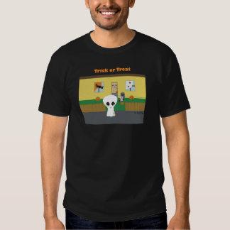"""Camiseta extranjera del """"truco o de la invitación"""" playeras"""