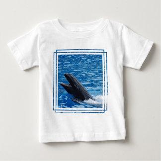 Camiseta falsa del bebé de la orca camisas