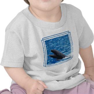 Camiseta falsa del bebé de la orca
