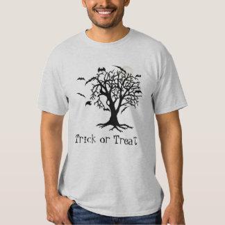 Camiseta fantasmagórica extravagantemente de camisas