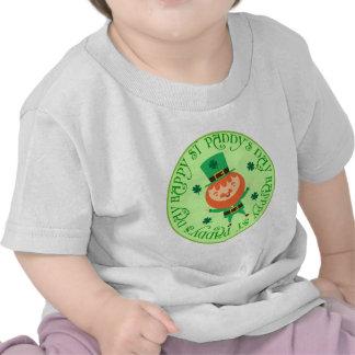 Camiseta feliz del bebé del Leprechaun del día del