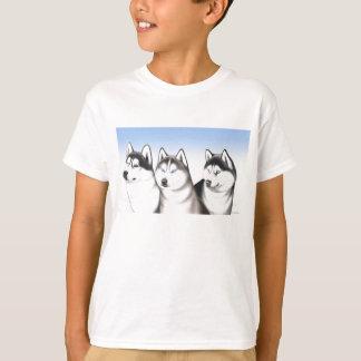 Camiseta fornida de los perros de trineo del