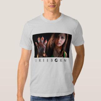 Camiseta Freeborn de la pata de Sherri Camisas