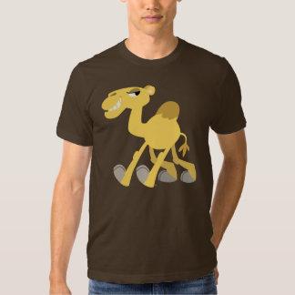 Camiseta fresca y linda del camello del dibujo playeras