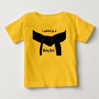 Camiseta futura de la correa negra de los artes