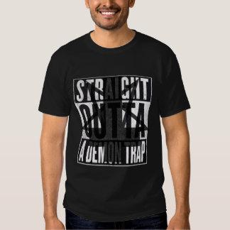Camiseta gráfica de Outta de la trampa recta del Camisas
