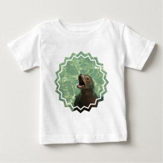 Camiseta habladora del bebé del león marino polera