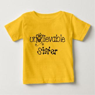 Camiseta increíble de la hermana