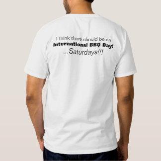 Camiseta internacional de sábados del día del Bbq Remera