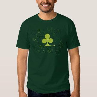 Camiseta irlandesa afortunada del trébol polera