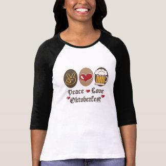 Camiseta larga del raglán de Oktoberfest del amor