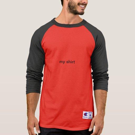 Camiseta larga roja de la manga
