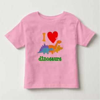 Camiseta linda de los dinosaurios del amor de I