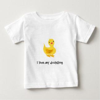 Camiseta linda del bebé con el anadón polera