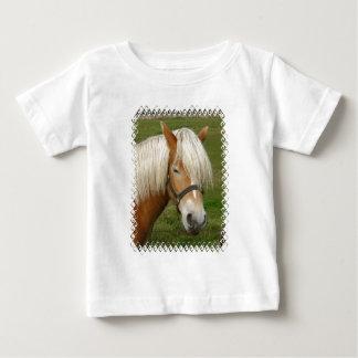 Camiseta linda del bebé del potro del Palomino Playeras