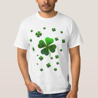 Camiseta linda del diseño de los tréboles playera