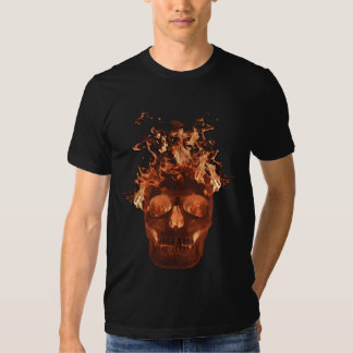 Camiseta llameante anaranjada del cráneo playeras