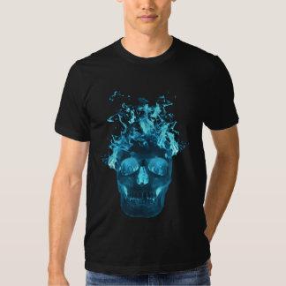 Camiseta llameante azul del cráneo polera