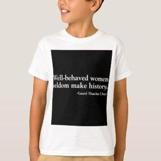 Camiseta menor orgánica Bien-Comportada del negro