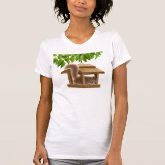 Camiseta menuda de la ardilla traviesa poleras
