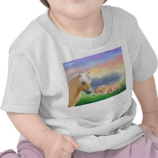 Camiseta noruega del niño de los caballos del fior