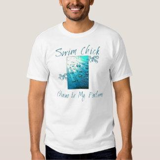 Camiseta orgánica del polluelo de la nadada playera