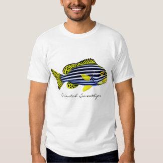 Camiseta oriental de los pescados del filón de poleras