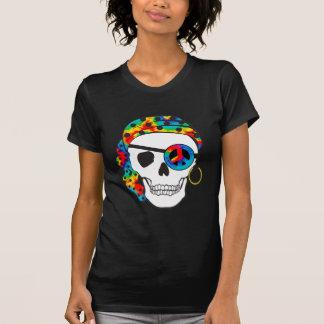 Camiseta oscura del teñido anudado del cráneo del playera