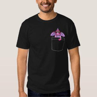 Camiseta oscura rosada y púrpura del dragón lindo playera