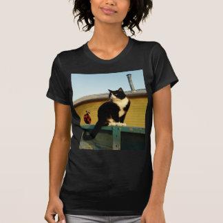 Camiseta para mujer del gato de la granja