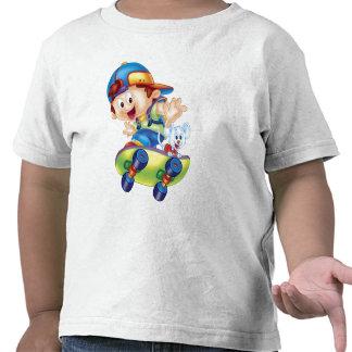 Camiseta patinadora del muchacho