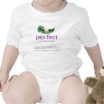 """Camiseta """"perfecta"""" púrpura del bebé de la Guisant"""