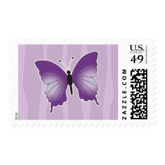 Camiseta púrpura de la mariposa franqueo