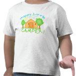 Camiseta que acampa del verano de los niños