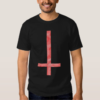 Camiseta ritual total negra cruzada satánica roja poleras