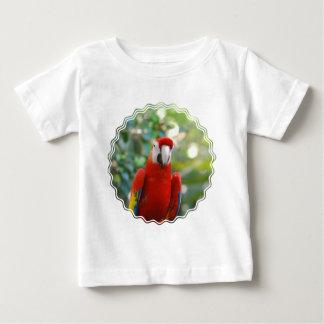 Camiseta roja brillante del bebé del loro remeras