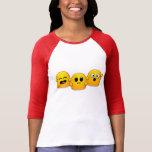 Camiseta roja de la manga con 3 fantasmas enrrolla
