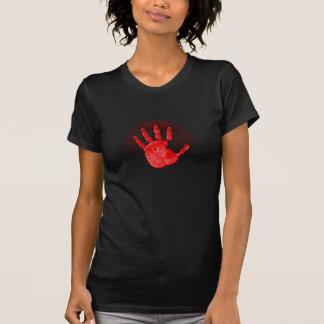 Camiseta roja de las señoras de la mano