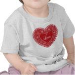 Camiseta roja del corazón del cordón del vintage p